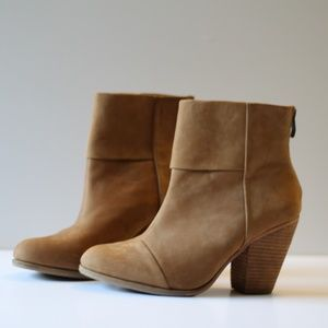 Vince Camuto | NEW Suede Ankle Booties